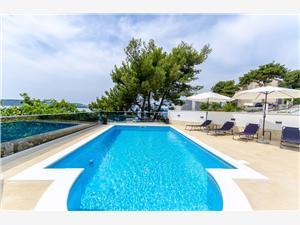 Apartmani Edita Split i Trogir rivijera, Kvadratura 35,00 m2, Smještaj s bazenom, Zračna udaljenost od mora 20 m