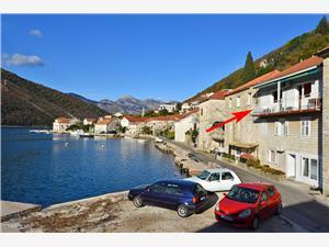 Apartmá Antonia's Coast , Kamenný dům, Prostor 110,00 m2, Vzdušní vzdálenost od moře 5 m