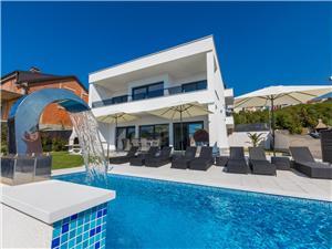 Vila Michael Crikvenica, Kvadratura 240,00 m2, Smještaj s bazenom, Zračna udaljenost od centra mjesta 750 m