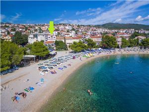 Appartementen IVICA Crikvenica, Kwadratuur 37,00 m2, Lucht afstand tot de zee 20 m, Lucht afstand naar het centrum 300 m