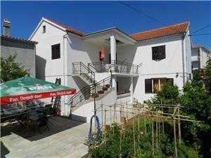Chambre Riviera de Makarska,Réservez Ivica De 50 €
