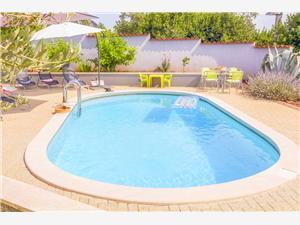 Villa Eliza Kastelir, Casa di pietra, Dimensioni 140,00 m2, Alloggi con piscina