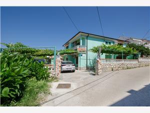 Kомнаты Antica Кварнерский остров, квадратура 20,00 m2, Воздуха удалённость от моря 250 m, Воздух расстояние до центра города 300 m