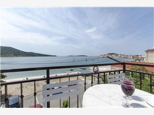 Апартамент Mira Primosten, квадратура 50,00 m2, Воздуха удалённость от моря 50 m, Воздух расстояние до центра города 520 m