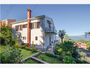 Apartmani Dragica Njivice - otok Krk, Kvadratura 50,00 m2, Zračna udaljenost od centra mjesta 600 m