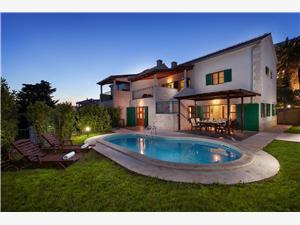 Vila Dane , Kvadratura 165,00 m2, Namestitev z bazenom, Oddaljenost od morja 70 m