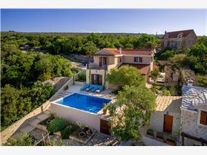 Villa Helena Milna - eiland Brac, Kwadratuur 130,00 m2, Accommodatie met zwembad, Lucht afstand naar het centrum 100 m