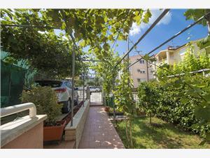 Appartementen Edo Stinjan (Pula),Reserveren Appartementen Edo Vanaf 58 €