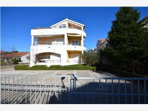 Lägenheter Zdravko Srima (Vodice),Boka Lägenheter Zdravko Från 508 SEK