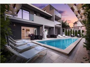 Villa Mermaid Podstrana, Größe 384,00 m2, Privatunterkunft mit Pool, Luftlinie bis zum Meer 120 m