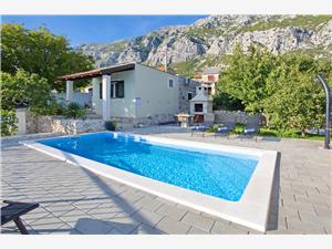 Vila Ivana Split i Trogir rivijera, Kamena kuća, Kvadratura 55,00 m2, Smještaj s bazenom