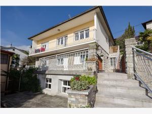 Apartmán Boris Opatija, Prostor 50,00 m2, Vzdušní vzdálenost od centra místa 300 m