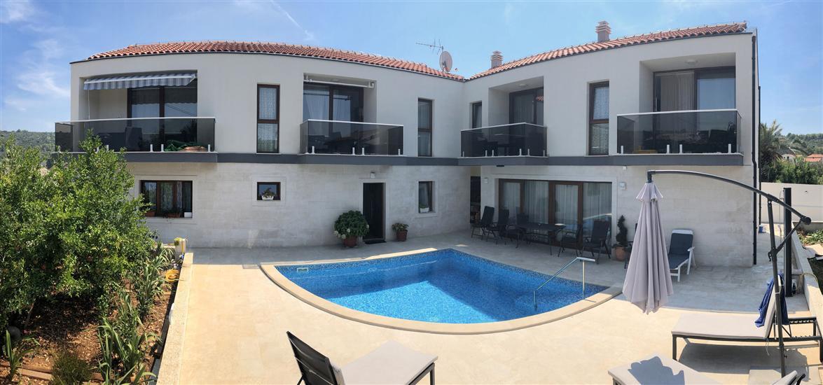 Apartmány Villa LA