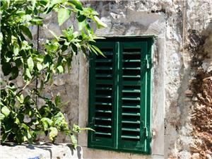 Apartments Bova Kastel Sucurac,Book Apartments Bova From 69 €