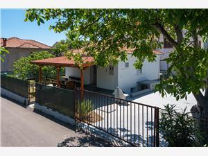 Počitniške hiše Orebić Gradac,Rezerviraj Počitniške hiše Orebić Od 105 €