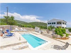 Kuća za odmor Emari Marina, Kvadratura 140,00 m2, Smještaj s bazenom