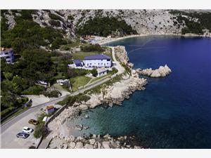 Appartementen LAVANDA-GROSIC Baska - eiland Krk, Kwadratuur 75,00 m2, Lucht afstand tot de zee 20 m