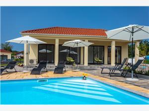 Apartmány VSG - RESORT Klimno - ostrov Krk, Prostor 45,00 m2, Soukromé ubytování s bazénem, Vzdušní vzdálenost od centra místa 300 m