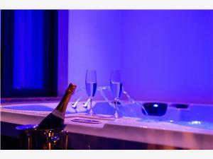 Appartamento Auretta l'Istria Blu, Dimensioni 80,00 m2, Distanza aerea dal mare 30 m, Distanza aerea dal centro città 300 m