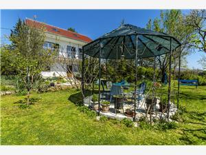 Privatunterkunft mit Pool Riviera von Split und Trogir,Buchen Green Ab 175 €
