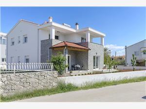 Apartmanok Endless summer Srima (Vodice), Méret 39,00 m2, Légvonalbeli távolság 120 m, Központtól való távolság 50 m