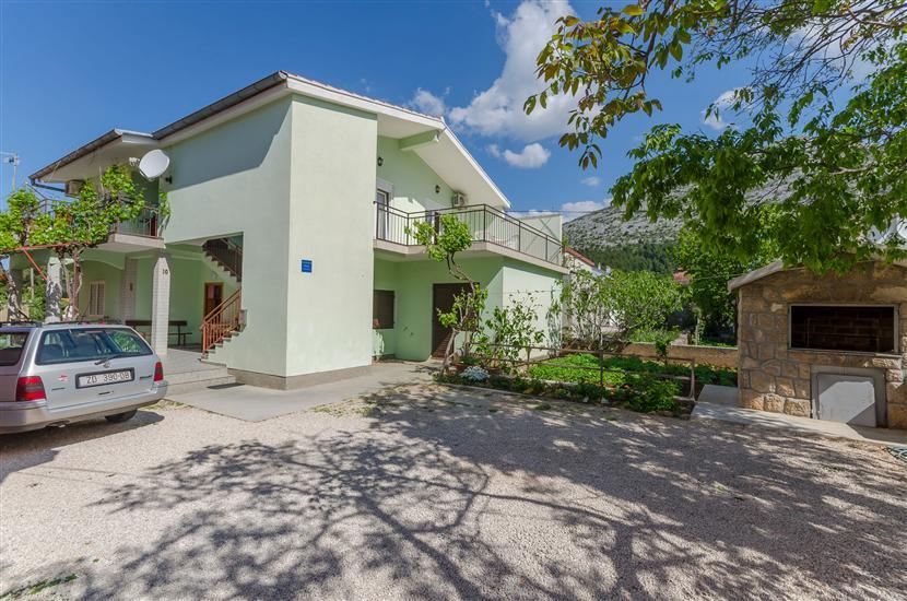 Apartments Sklopina
