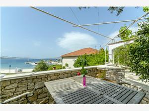 Ubytovanie pri mori Dory Okrug Gornji (Ciovo),Rezervujte Ubytovanie pri mori Dory Od 114 €