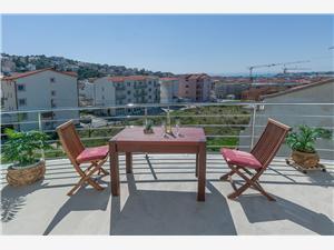 Appartementen Aqua Podstrana, Kwadratuur 45,00 m2, Lucht afstand naar het centrum 600 m
