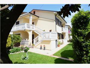 Ferienwohnungen Ederina Umag, Größe 60,00 m2, Entfernung vom Ortszentrum (Luftlinie) 500 m