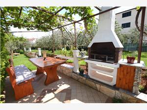 Appartamenti Ederina Umago (Umag), Dimensioni 60,00 m2, Distanza aerea dal centro città 500 m