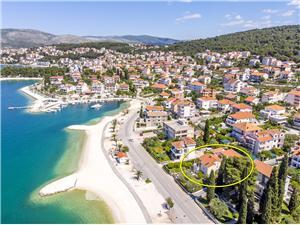 Beachfront accommodation Split and Trogir riviera,Book Maja From 115 €