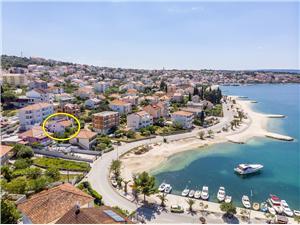 Namestitev ob morju Dory Okrug Gornji (Ciovo),Rezerviraj Namestitev ob morju Dory Od 80 €