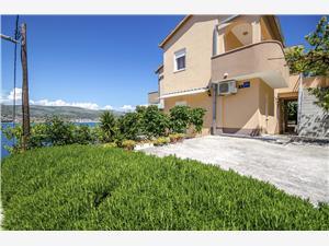 Apartmány Tonka Okrug Donji (Ciovo), Rozloha 23,00 m2, Vzdušná vzdialenosť od mora 60 m