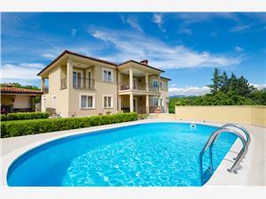 Hébergement avec piscine Sime Lovran,Réservez Hébergement avec piscine Sime De 73 €