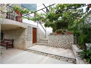 Apartamenty Braco Arbanija (Ciovo), Powierzchnia 80,00 m2, Odległość do morze mierzona drogą powietrzną wynosi 15 m