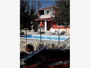 Kuća za odmor Mezanovac Solin, Kvadratura 150,00 m2, Zračna udaljenost od centra mjesta 200 m