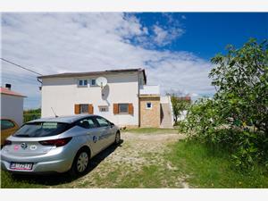 Appartementen Slobodanka Lopar - eiland Rab, Kwadratuur 40,00 m2, Lucht afstand naar het centrum 550 m