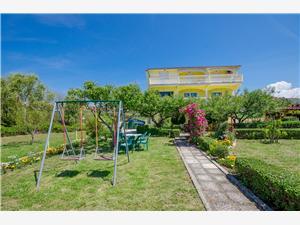 Ferienwohnungen Boza Lopar - Insel Rab, Größe 130,00 m2, Entfernung vom Ortszentrum (Luftlinie) 80 m