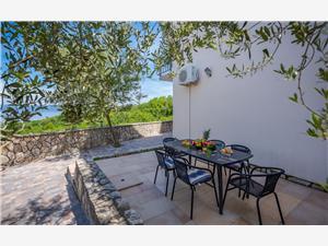 Appartamenti Klaudio Labin, Dimensioni 50,00 m2, Alloggi con piscina