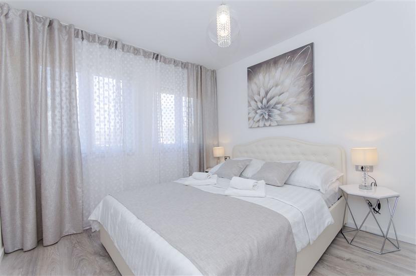 Apartment Luxury Center