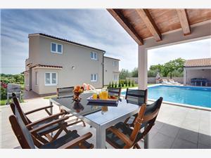 Hébergement avec piscine Marcelia Pula,Réservez Hébergement avec piscine Marcelia De 580 €