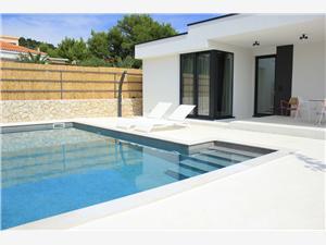 Villa Sunny Garden Barbat - ön Rab, Privat boende med pool, Luftavståndet till centrum 300 m