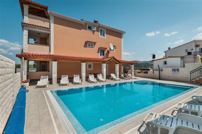 Lägenheter Villa Ante