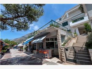 Apartmány RATAC Tucepi, Prostor 70,00 m2, Vzdušní vzdálenost od moře 5 m, Vzdušní vzdálenost od centra místa 200 m