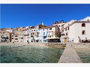 Namestitev ob morju (Zvonimirova) Baska - otok Krk,Rezerviraj Namestitev ob morju (Zvonimirova) Od 108 €