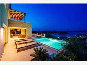 Vila Aya Mali Iz - ostrov Iz, Rozloha 150,00 m2, Ubytovanie sbazénom, Vzdušná vzdialenosť od mora 200 m