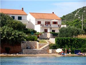 Boende vid strandkanten Norra Dalmatien öar,Boka Aquamarine Från 1440 SEK