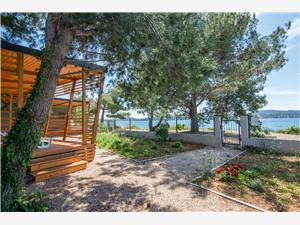 Mobilní dům Safir Riviéra Zadar, Prostor 32,00 m2, Vzdušní vzdálenost od moře 10 m