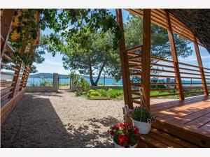 Переносные дома Smaragd Biograd, квадратура 32,00 m2, Воздуха удалённость от моря 10 m