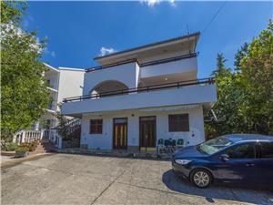 Apartments SANELA Dramalj (Crikvenica),Book Apartments SANELA From 142 €